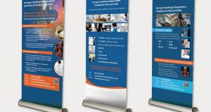 Pull-up banner stand